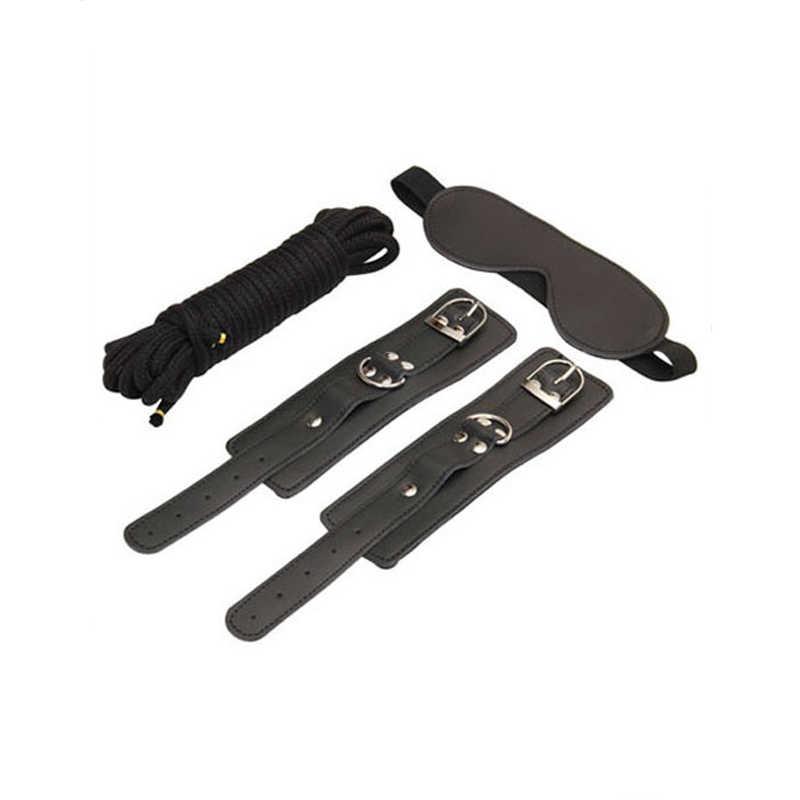 БДСМ набор: закрытая маска, наручники, шнур, чёрный
