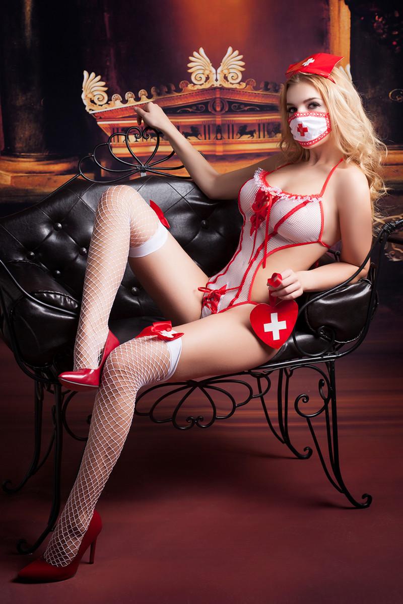 Костюм медсестры LOLA:  боди, юбка-пачка, чулки, головной убор, маска, аксессуар, разм. OS