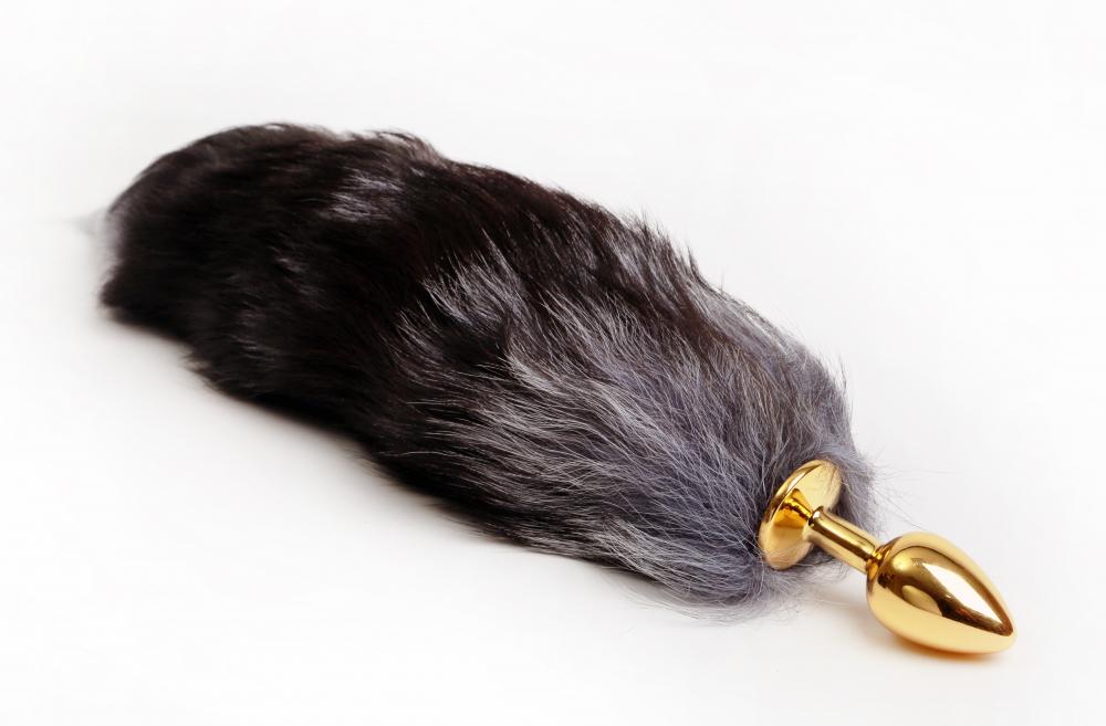 Анальная пробка с шикарным хвостом  КОРОЛЕВСКАЯ ЛИСА металлическая, золотистая, 7х2,5; длина хвоста - 40 см