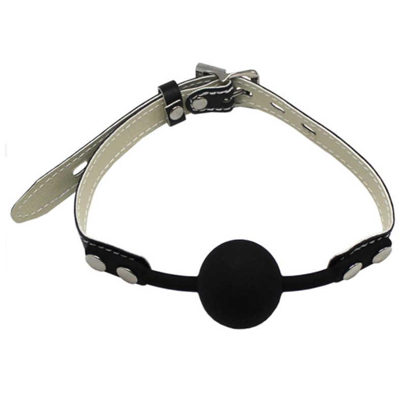 Кляп-шарик литой с заклепками и замочком на кожаном ремешке PentHouse, черный, 4 см