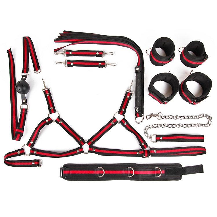 Набор 6 позиций: наручники, оковы, ошейник с поводком, кляп, плеть, лиф