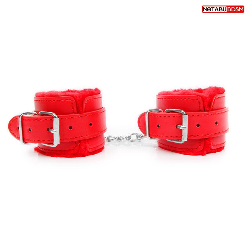 Наручники с меховой подкладкой, цвет красный